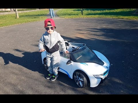 GOOD BABY learn how to drive BMW - MUNDO ENZO