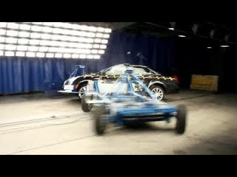CRASH TEST! 2013 Cadillac XTS 4DR Sedan - HD