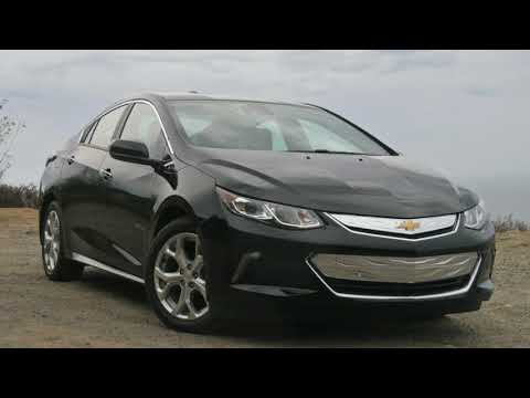 Chevy Volt First Drive and Review : Chevy Volt may get killed off by 2022