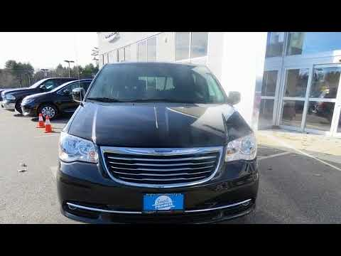 2016 Chrysler Town & Country Touring in Saco, ME 04072