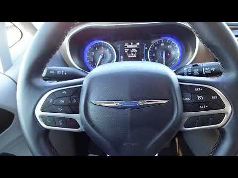 2017 Chrysler Pacifica Touring-L in Humboldt, TN 38343
