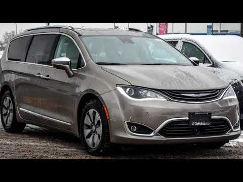 2018 Chrysler Pacifica Hybrid in Thornhill, ON L4J 1V8