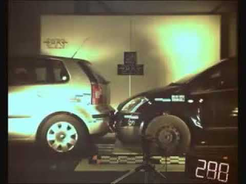 CRASH TEST   Citroen C2 vs Volkswagen Polo