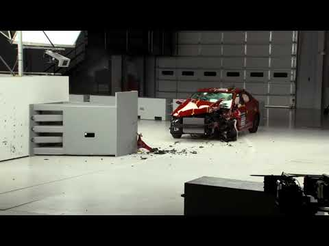 Hyundai elantra crash test