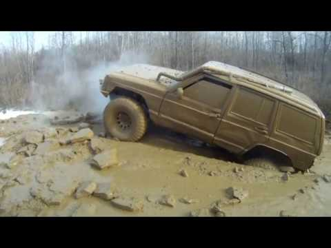 jeep Cherokee Undefeated 4x4 Deep in Muddy trench