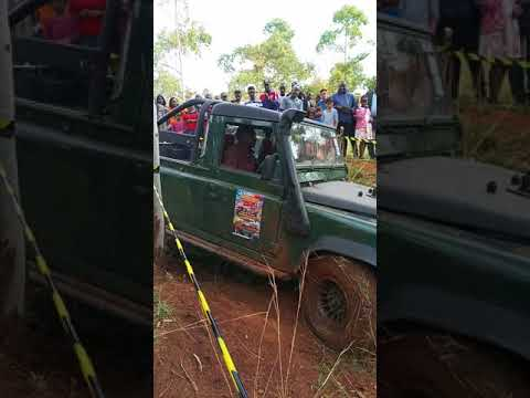 Land rover in a 4 x4 challenge at Charanna Farm