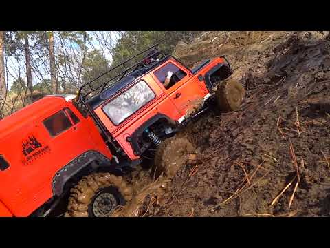 RC Mud UpHill Trail — RC4WD The Beast 6x6 and Land Rover Defender 4x4 — RC Extreme Pictures