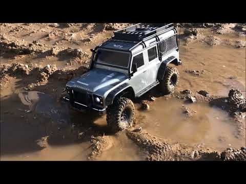 [TRX-4] Land Rover Defender D110 Paying in mud