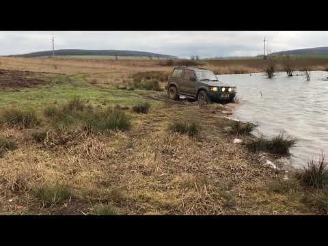 Mitsubishi Pajero 2 5 Turbo Diesel Engine Mudding in Slow Motion