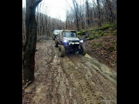 Off Road 4x4 Nissan Patrol Y61 and Jeep 5.2L off road modified