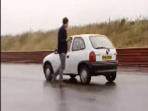 Prueba de choque Crash test  Opel Corsa 'CHEVY' 1997 2012